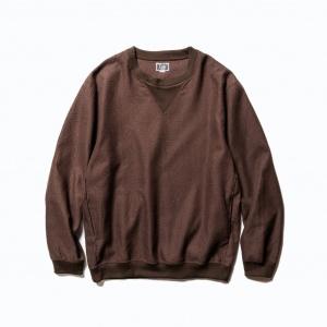 Allover Spiral pattern pullover shirt