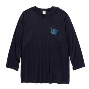 Smooth fabric set in 3/4 sleeve t-shirt
