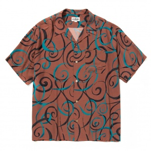 Allover spiral pattern S/S shirt