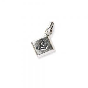 CAL Logo diamond cut necklace top
