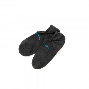 Limited ankle socks