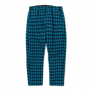 Hound tooth pattern tuck trousers